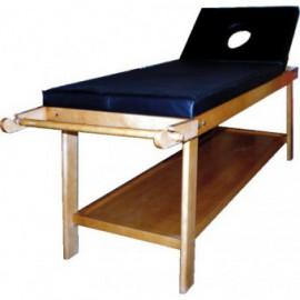 Divã de madeira para fisioterapia