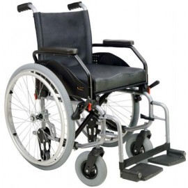 Cadeira de Rodas Manual em Aço LUSA com assento em Viscolástico